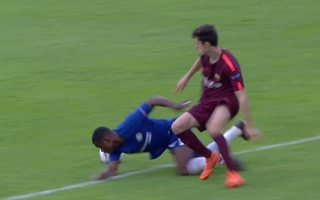 Der FC Barcelona schlägt den FC Chelsea im Finale der Youth League und holt sich den Pokal
