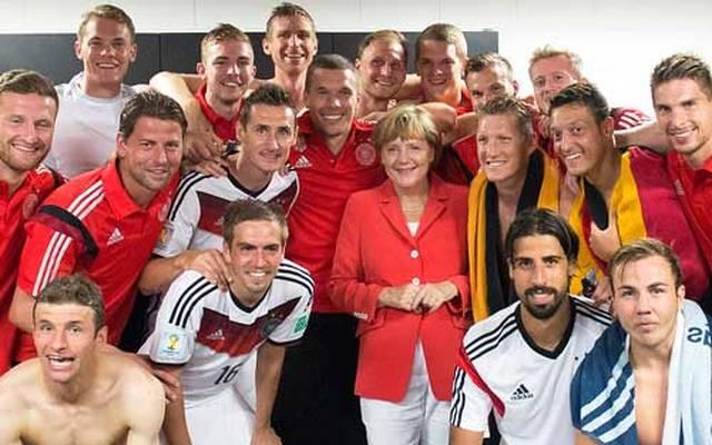 Angela Merkel ist ein großer Fan der deutschen Nationalmannschaft