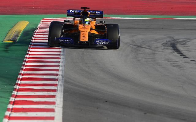 McLaren bei Testfahrten in Barcelona