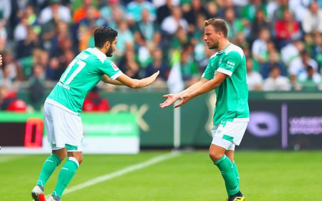 Werder Bremen muss längere Zeit auf Philipp Bargfrede (r.) verzichten