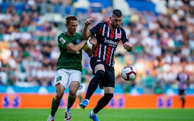 Ante Rebic steht noch bis 2022 bei Eintracht Frankfurt unter Vertrag