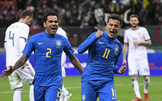 Philippe Coutinho (r.) erzielte das zweite Tor für Brasilien