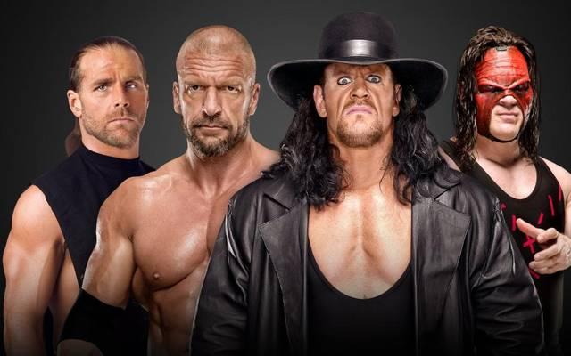 Shawn Michaels und Triple H treffen bei WWE Crown Jewel auf den Undertaker und Kane (v.l.)