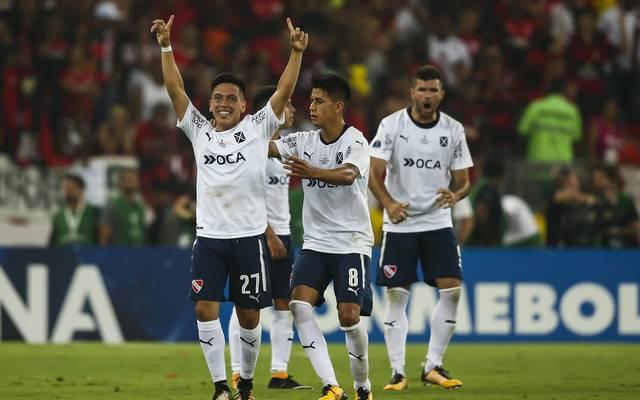 Ezequiel Barco (l.) verwandelte den entscheidenden Elfmeter für Independiente