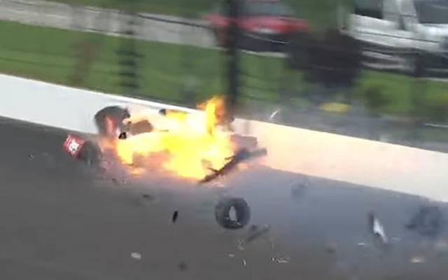 Keine zehn Monate nach diesem Horrorcrash gewann Sebastien Bourdais wieder ein Rennen