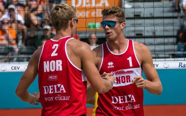 Anders Mol (r.) und Christian Sörum besiegten im EM-Finale ein lettisches Duo