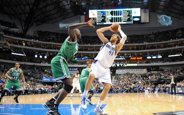 Dirk Nowitzki spielt seit mehr als 20 Jahren in der NBA