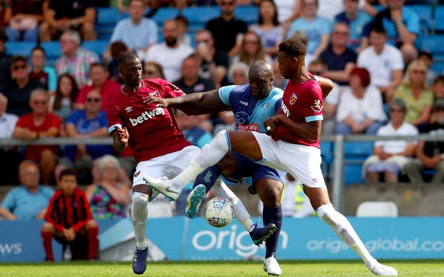 Reece Oxford (r.) war bei West Ham United nicht erste Wahl