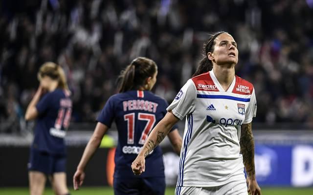 FBL-FRA-WOMEN-D1-LYON-PARIS