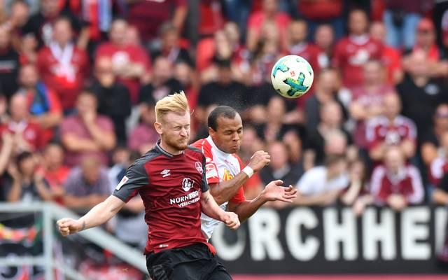 SSV Jahn Regensburg v 1. FC Nuernberg - Second Bundesliga