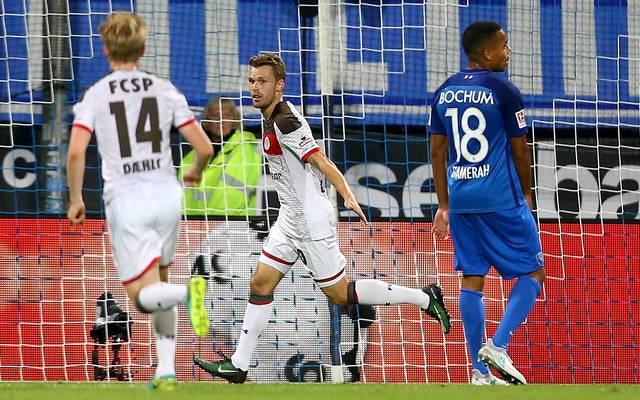 Am 1. Spieltag gewann der FC St. Pauli durch ein Tor von Christopher Buchtmann beim VfL Bochum