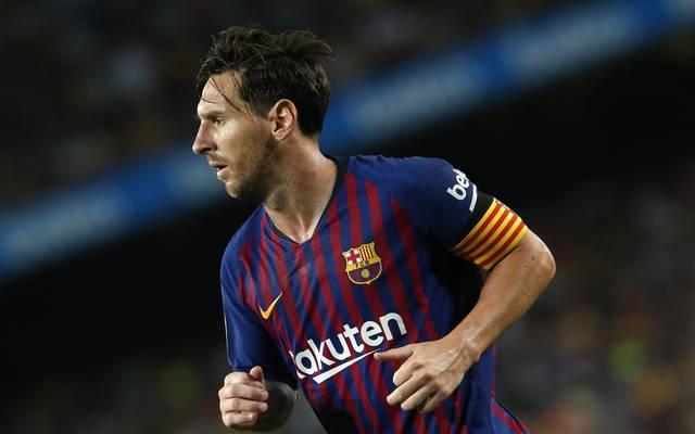 Lionel Messi wird ab der kommenden Saison wohl ein verändertes Logo auf der Brust tragen