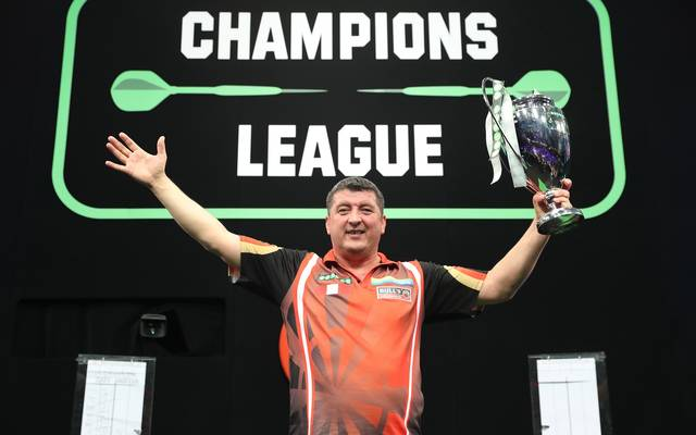 Mensur Suljovic geht bei der Champions League of Darts als Titelverteidiger an den Start
