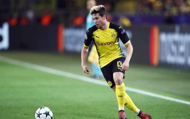 Raphael Guerreiro spielt seit 2016 bei Borussia Dortmund