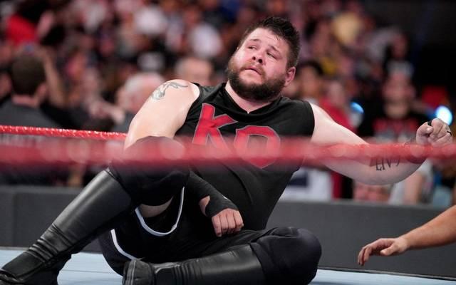 Bei WWE Monday Night RAW verkündete Kevin Owens einen überraschenden Schritt