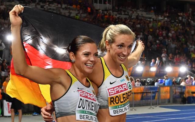 Pamela Dutkiewicz (l.) und Cindy Roleder jubelten über Silber und Bronze