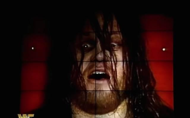 Der Undertaker schien sich beim WWE Royal Rumble 1994 aus einem Sarg zu melden