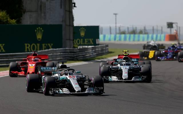 In der Formel 1 fahren Lewis Hamilton und Valtteri Bottas für Mercedes