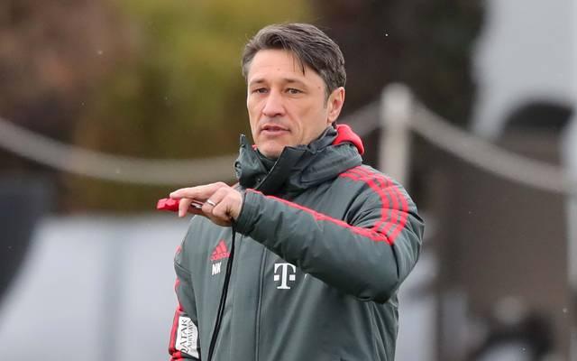 Sport-Tag: FC Bayern und BVB im Fernduell - 96 verpatzt Doll-Debüt