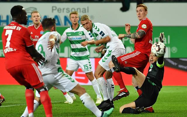 2. Bundesliga: SpVgg Greuther Fürth - Hamburger SV 0:0 HSV-Tor aberkannt