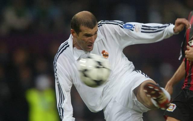 Mit diesem Schuss im CL-Finale 2002 gegen Leverkusen machte sich Zinedine Zidane bei Real unsterblich