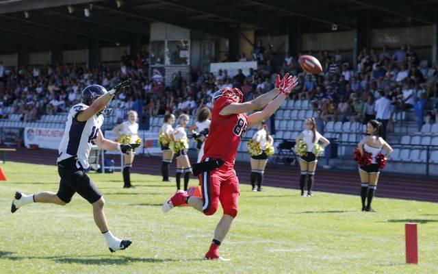 Tim Haver-Droeze fängt den Ball für die Düsseldorf Panther