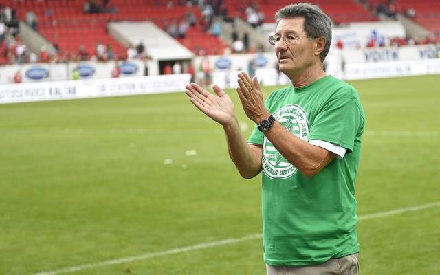 Helmut Hack verabschiedet sich als Präsident von den Fürther Fans