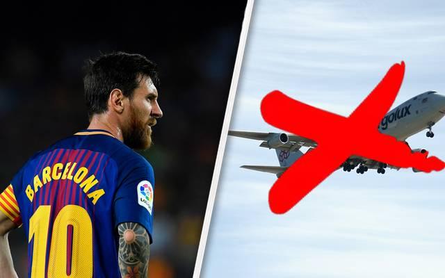 Barcelonas Superstars Lionel Messi zeigt nach einem Tor in den Himmel