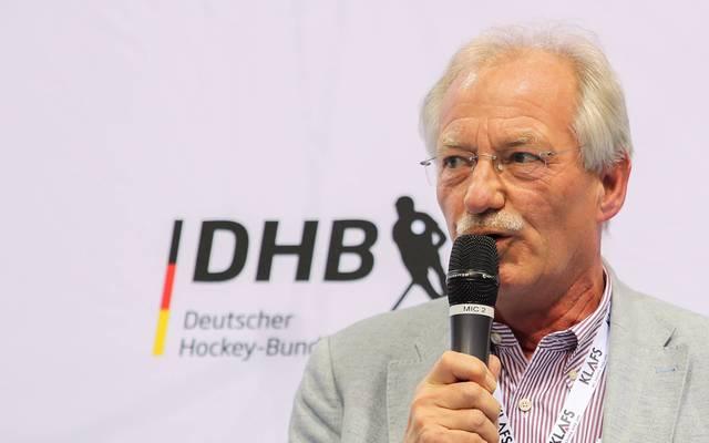 Hockey-Präsident Hillmann weist die Kritik zurück