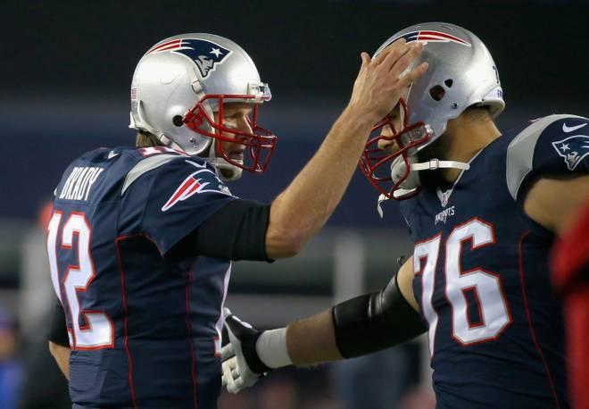 Sebastian Vollmer (r.) war jahrelang der Beschützer von Superstar Tom Brady bei den New England Patriots
