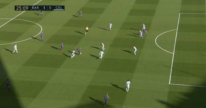 Jozabed Sanchez (Nr. 16, vorne) hob das Abseits bei Suarez' Treffer eigentlich auf