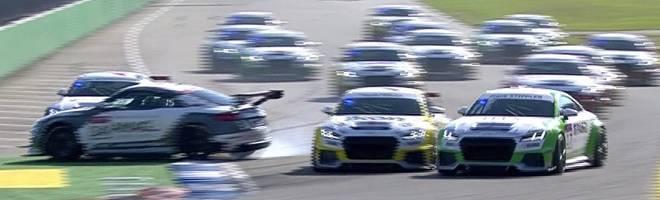 Crash beim Legendenrennen des Audi TT Cup am Hockenheimring