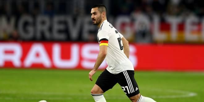 Ilkay Gündogan bei Deutschland gegen Serbien