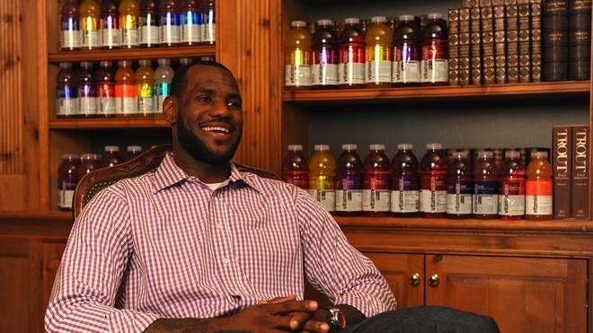 LeBron James verkündete 2010 seinen Wechsel von den Cleveland Cavaliers zu den Miami Heat in einer TV-Show