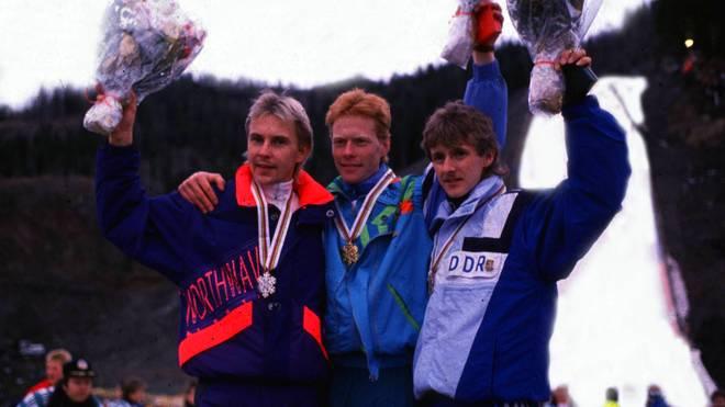 Jens Weißflog (r.) und Matti Nykänen (l.) zählen zu den besten Skispringern aller Zeiten