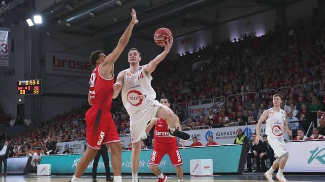 Philipp Herkenhoff (M.) von RASTA Vechta liebäugelt mit einem Wechsel in die NBA
