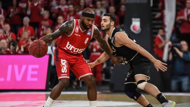 Tyrese Rice (l.) musste mit Bamberg erneut eine Niederlage einstecken