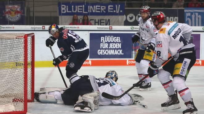 EHC Red Bull Muenchen v Eisbaeren Berlin - DEL Playoff Final Game 7