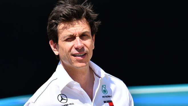 Mercedes-Boss Toto Wolff lieferte sich mit Michael Schumacher im Flugzeug einige Backgammon-Duelle