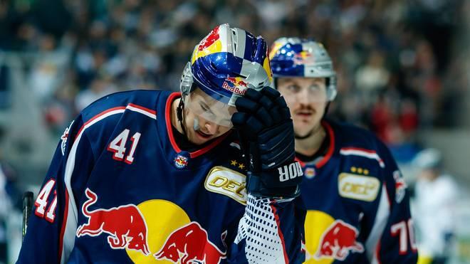 Enttäuschte Gesichter herrschten bei den Spielern des EHC Red Bull München nach der Niederlage gegen Bremerhaven