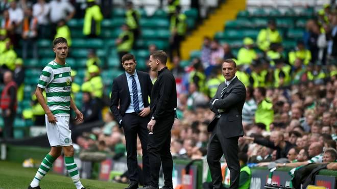 Steven Gerrard (2.v.l.) kassierte im 13. Pflichtspiel als Rangers-Trainer seine erste Niederlage