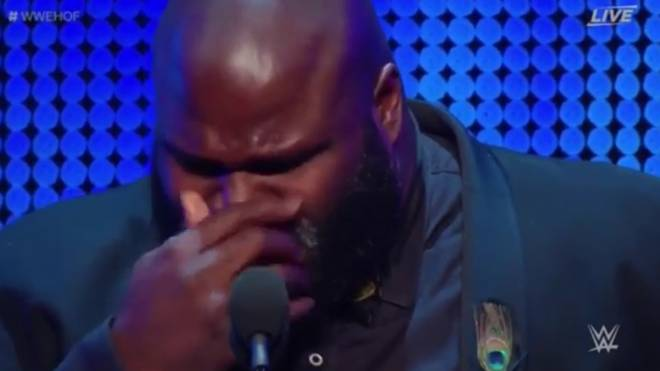 Mark Henry vergoss bei der WWE-Hall-of-Fame-Zeremonie vor WrestleMania 34 Tränen für Owen Hart
