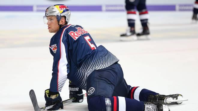 Keith Aulie kassierte mit dem EHC Red Bull München eine Niederlage gegen Ingolstadt