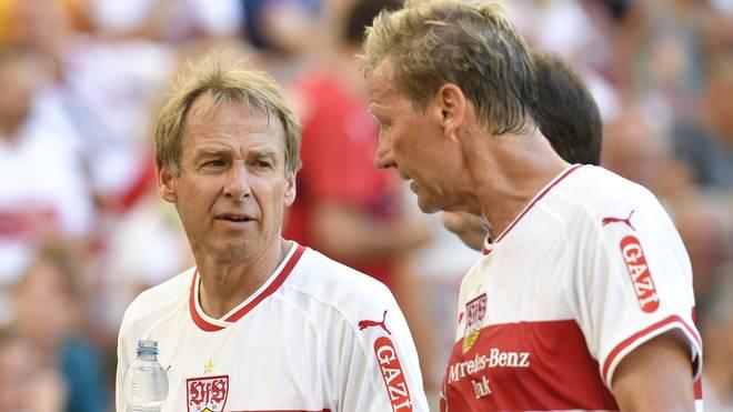 Jürgen Klinsmann (l.) nahm im Sommer 2018 an einem All-Star-Spiel des VfB Stuttgart teil