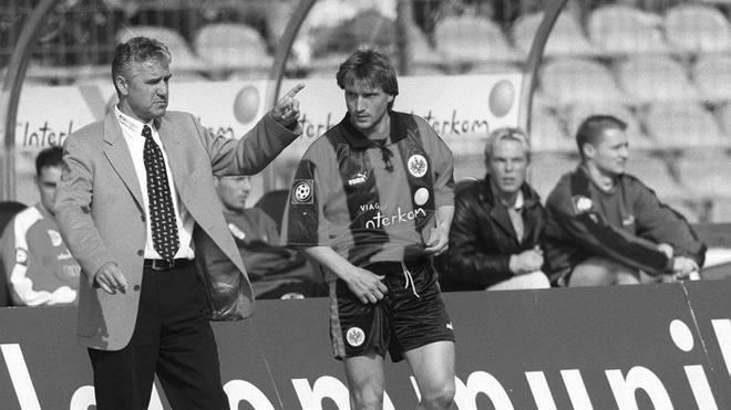 Christoph Westerthaler und Eintracht-Trainer Jörg Berger im Jahr 1999
