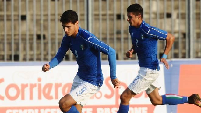 Pietro Pellegri (l.) spielt in Italiens U17-Nationalteam