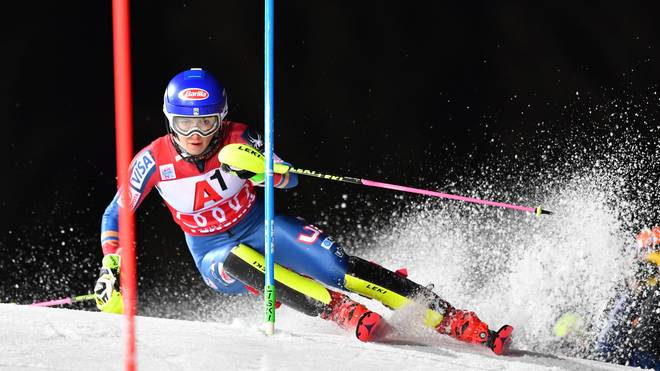 TOPSHOT-SKI-ALPINE-WORLD-SLALOM