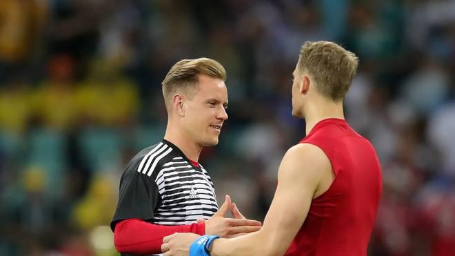 Manuel Neuer (rechts) und Marc-André ter Stegen kämpfen um die Nummer eins im DFB-Tor