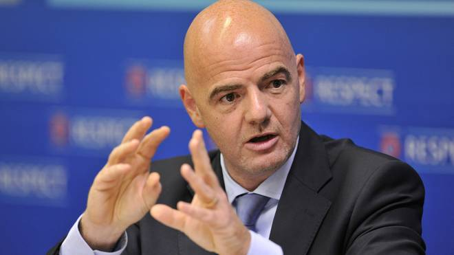 FIFA-Präsident Gianni Infantino soll ein Angebot über 25 Milliarden US-Dollar vorliegen haben