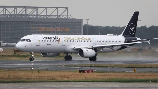 Am frühen Donnerstagnachmittag wird der Flieger mit der deutschen Mannschaft in Frankfurt erwartet